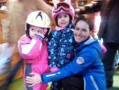 Finish the ski lessons kids group with Roxana ski instructor / monitor ski of R&J Ski School in Poiana Brasov